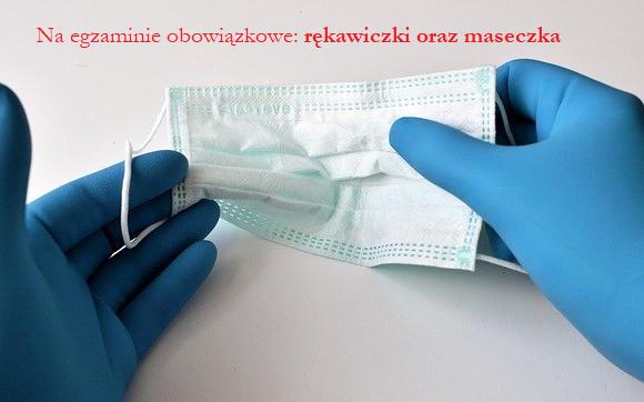 maseczka ochronna i rękawiczki jednorazowe
